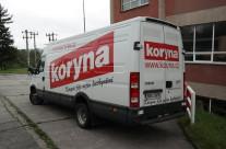 Koryna – polepy aut