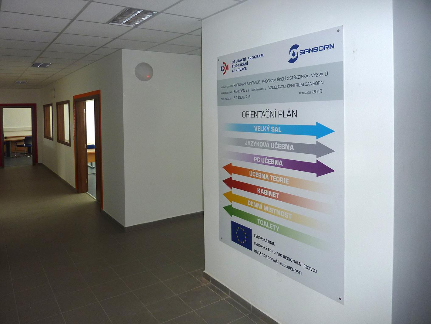 Sanborn – polepy ve školícím centru firmy