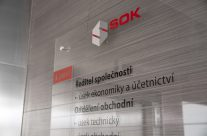 Orientační systém do interiéru firmy S.O.K.