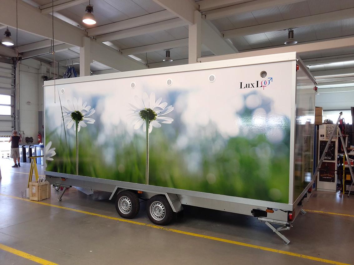 LuxLOO – polep mobilního WC